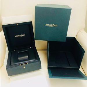 AUDEMARS PIGUET BOX CLEAN NO SCRATH